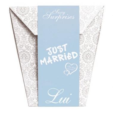 Une pochette surprise adulte pour un couple de jeunes mari - Cadeau jeune marie ...