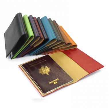 Etui Passeport Cuir Personnalisé Un Cadeau Utile - Porte passeport cuir