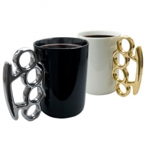 Mug knuckle duster