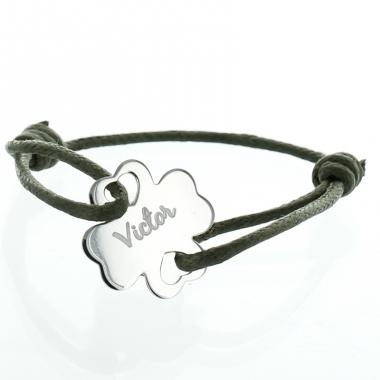 Bracelet Trèfle ajouré coeur gravé