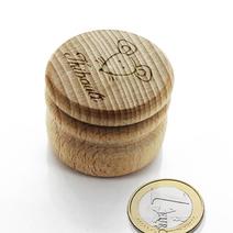 Boite à dents ronde en bois gravée