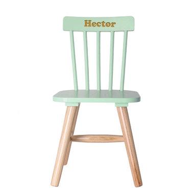 chaise pour enfant verte gravée face