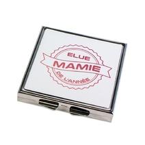 Miroir de poche fermé Mamie de l'année